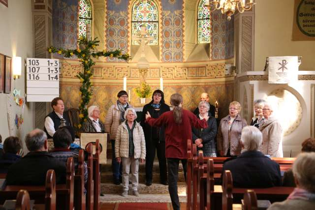 Ostergottesdienst mit Chor am Ostermontag in Coppengrave